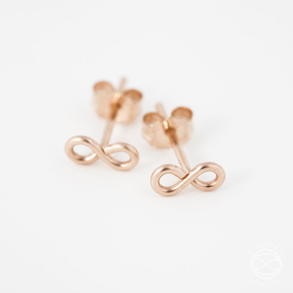 Shape Studs in Rose Gold