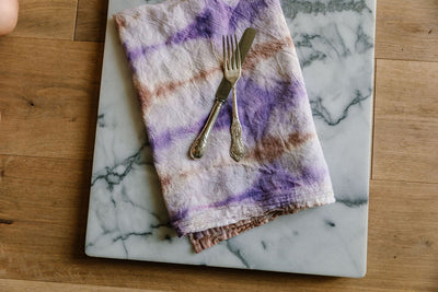 How To: Tie Dye Dinner Napkins