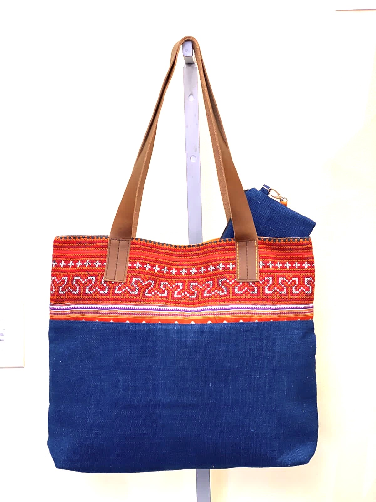 """Highlands"" Tote - It's BACK!"