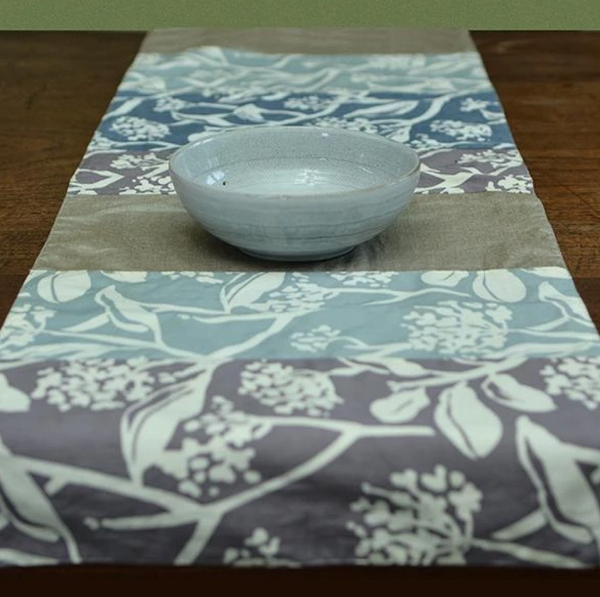 Table Runner - Stormy Cotton - 245 cm