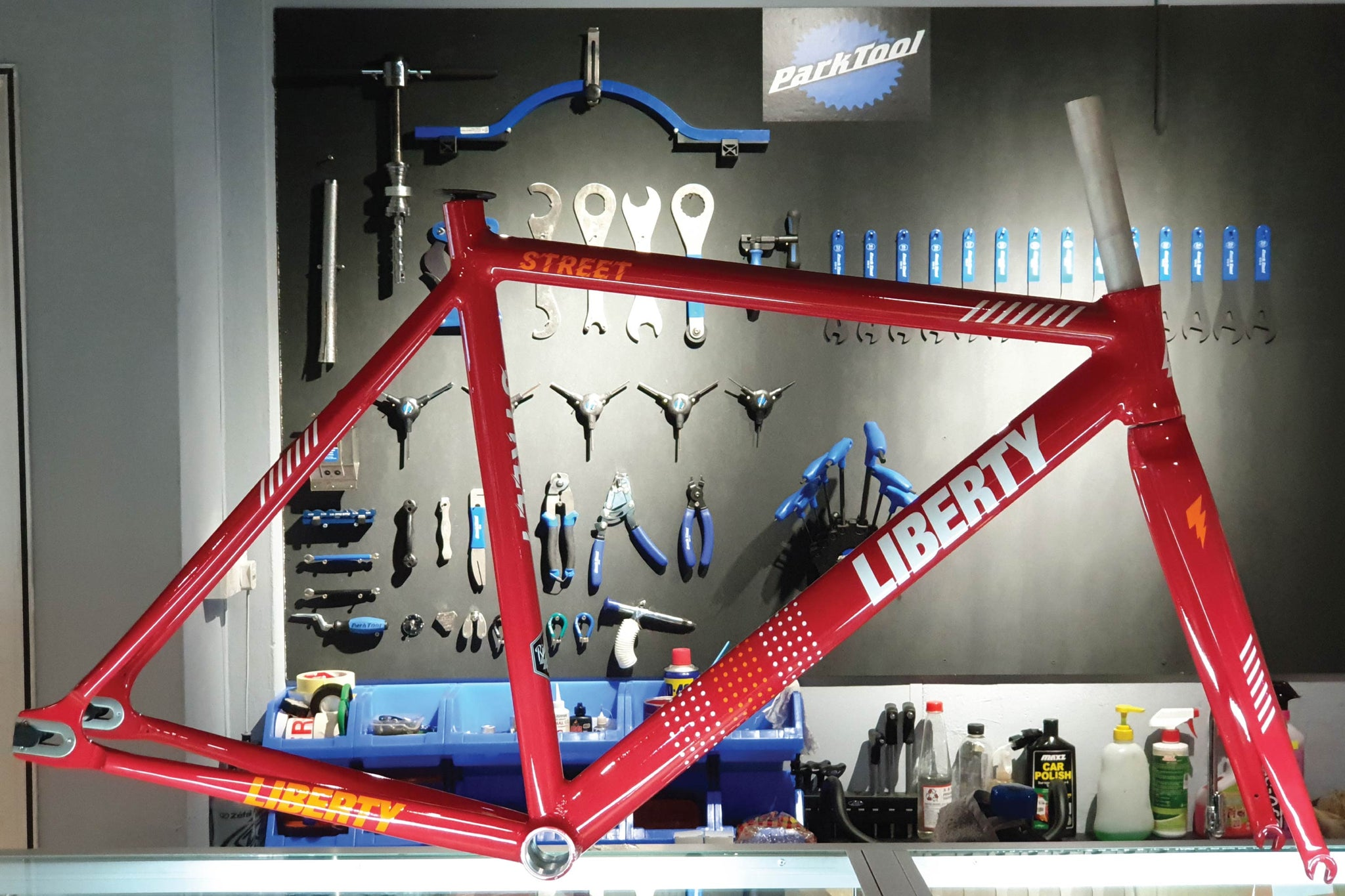 "LIBERTY ""STREET"" FRAMESET - FISHTAIL CYCLERY"