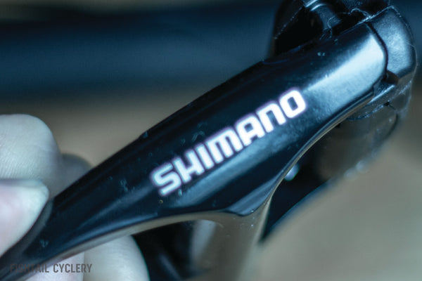 Shimano R540 SPD-SL Clipless Road Pedals with Cleat Set - FISHTAIL CYCLERY