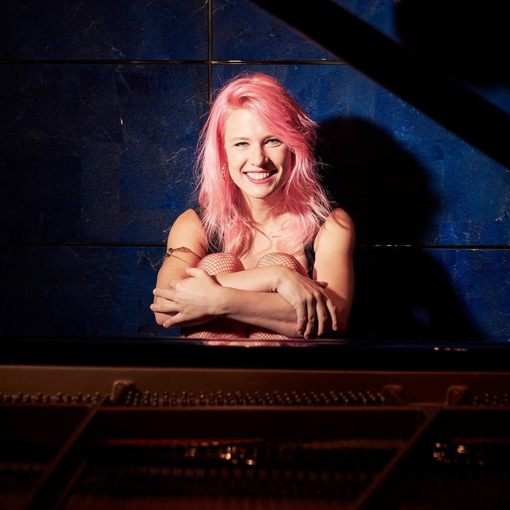 Meet Salome, New York Based Pianist & Composer Who Loves Avocados