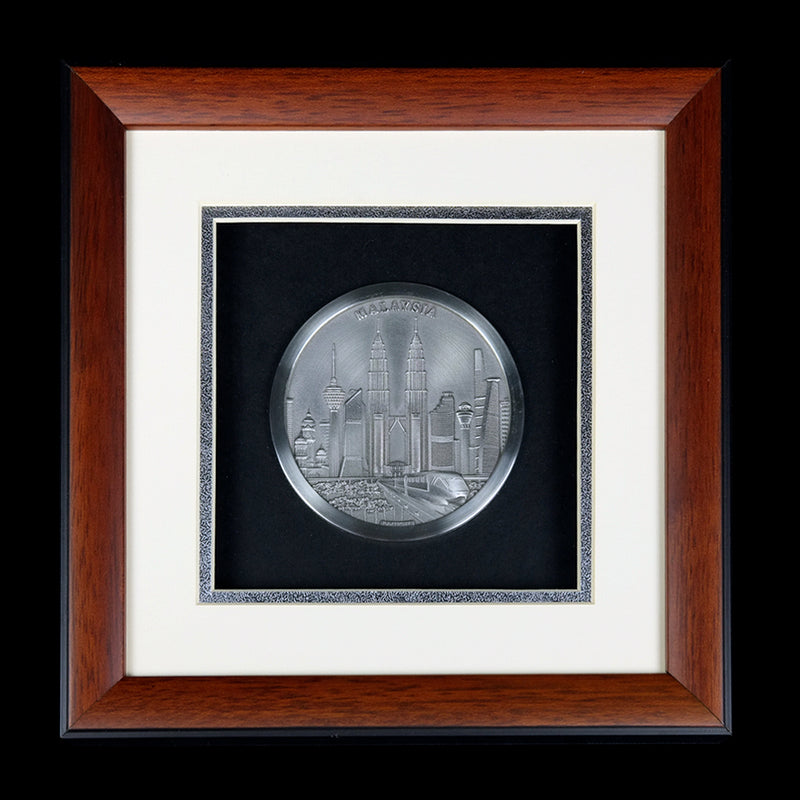 Pewter With Wood Frame (Malaysia Landmark) - PF397S