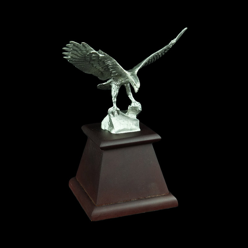 Pewter Figurine (Eagle on Wooden Base) - PF9589S