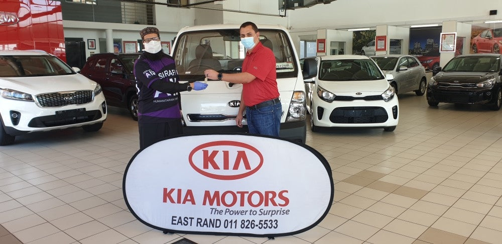 KIA Motors donates K2700 to the benefit of Alexandra community