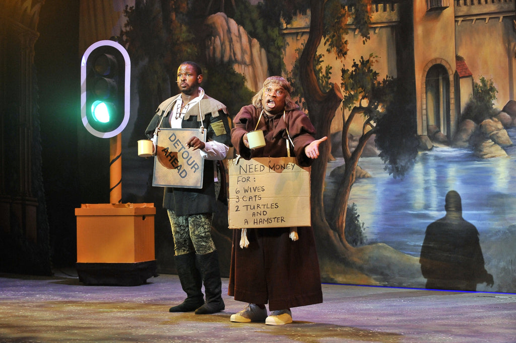 Theatre Review: Robin Hood and the Babes in the Wood Pantomime