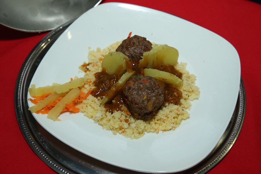 Phutu with mince balls stew Recipe