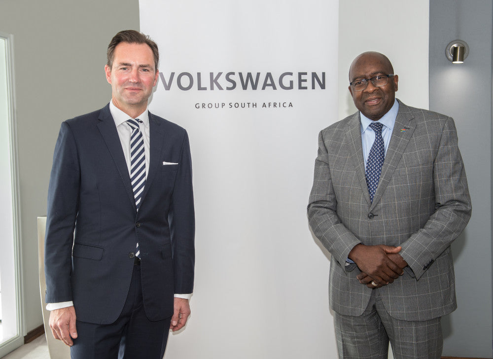Minister of Finance Visits VWSA