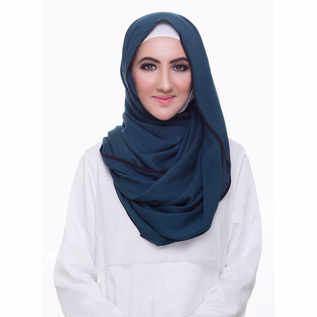 Pearl Daisy - Ocean Bordered Weightless Large Hijab - iloveza.com - 1