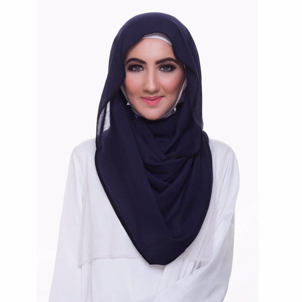 Pearl Daisy - Oxford Blue Bordered Weightless Large Hijab - iloveza.com - 1