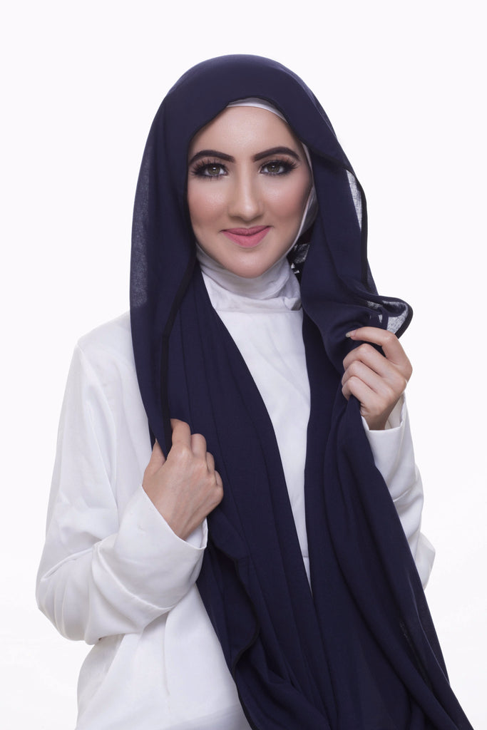 Pearl Daisy - Oxford Blue Bordered Weightless Large Hijab - iloveza.com - 3
