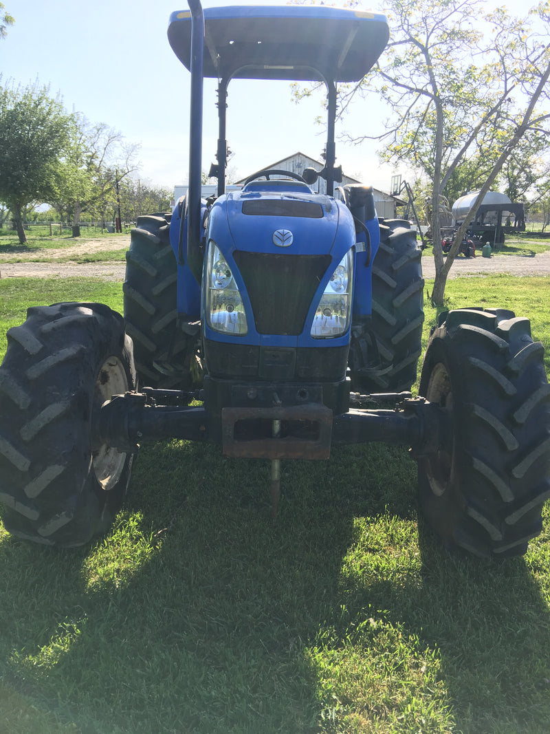 Listing #DD1629 - New Holland TN85a Tractor