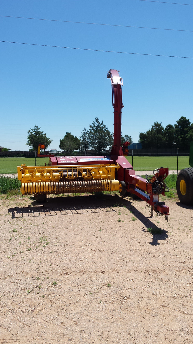 Listing #DD1026 - PRICE REDUCED New Holland 900 Chopper