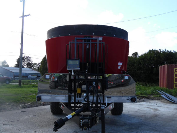 Listing #DD1183 - Cloverdale Feed Mixer
