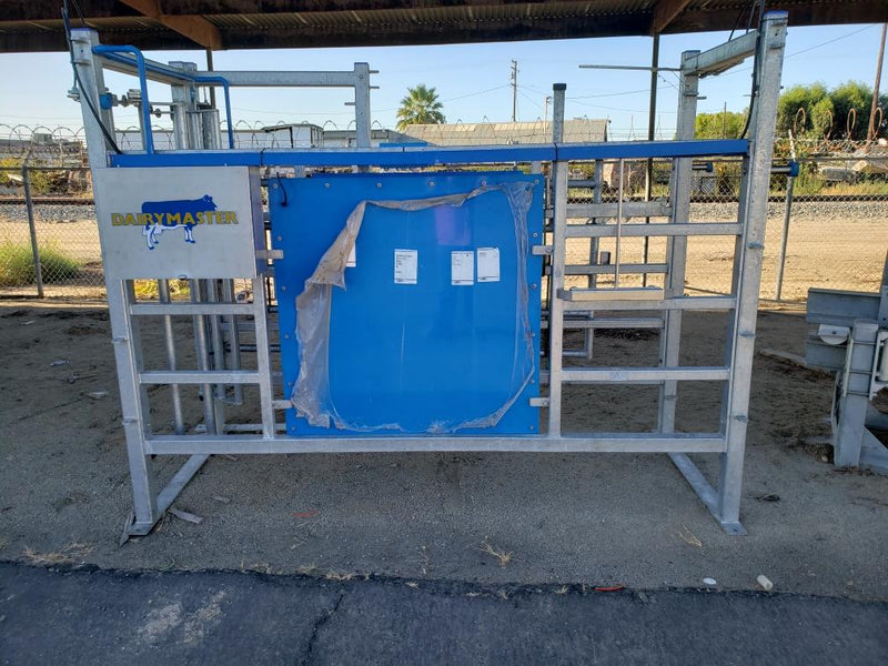 #DD1918 - DairyMaster Stand Alone Sort Gates (2 available)
