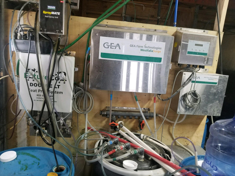 Listing #DD1631 - Future Cow Teat Pre Dip System