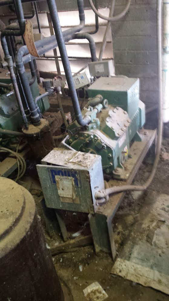 Listing #DD1364 - PRICE REDUCED Compressors