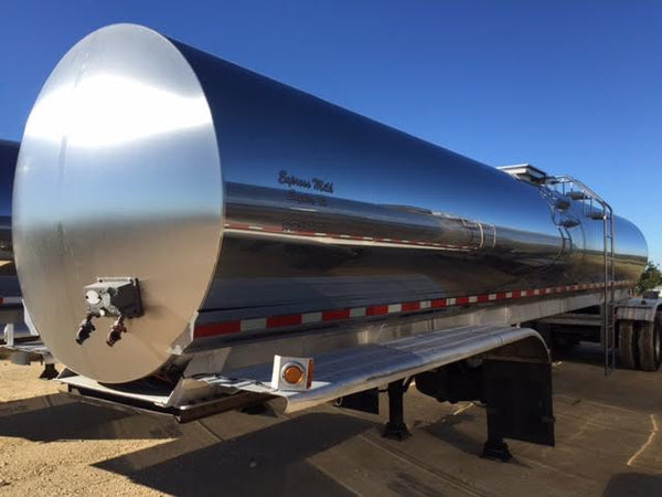 Listing #DD1446 - PRICE REDUCED 2006 Walker Milk Tanker