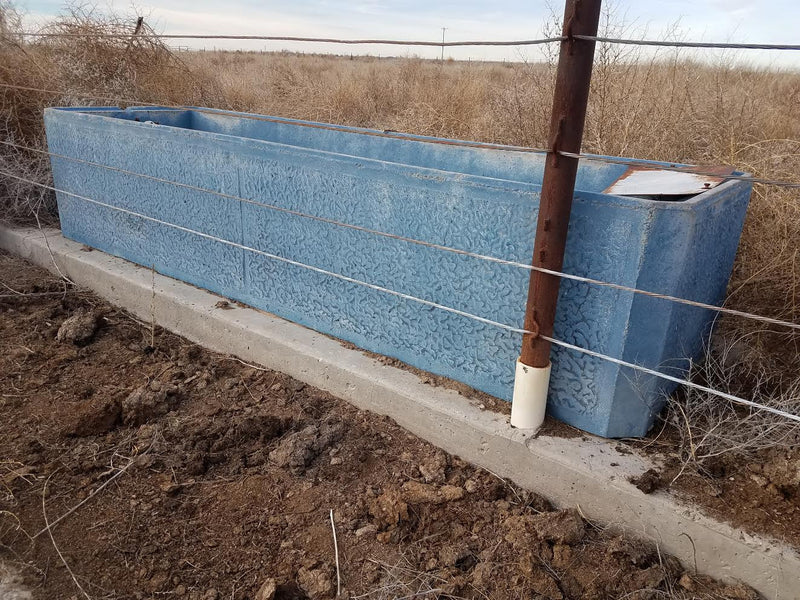 Listing #DD1409 - Johnson Water Troughs