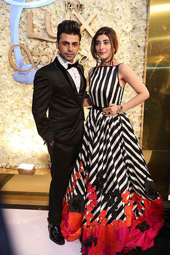 Urwa Hocane and Farhan Saeed at LUX Style Awards 2015 Pakistan