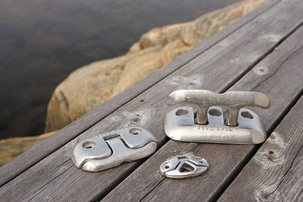 Dock Edge Flip-Up™ Cleat - BoatNDock.com