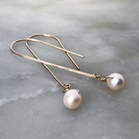 Make Your Own Hammered Gold + Pearl Earrings