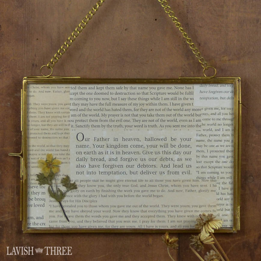 Our Heirloom & Little Treasure Trove frames . . . beautiful gifting ideas!