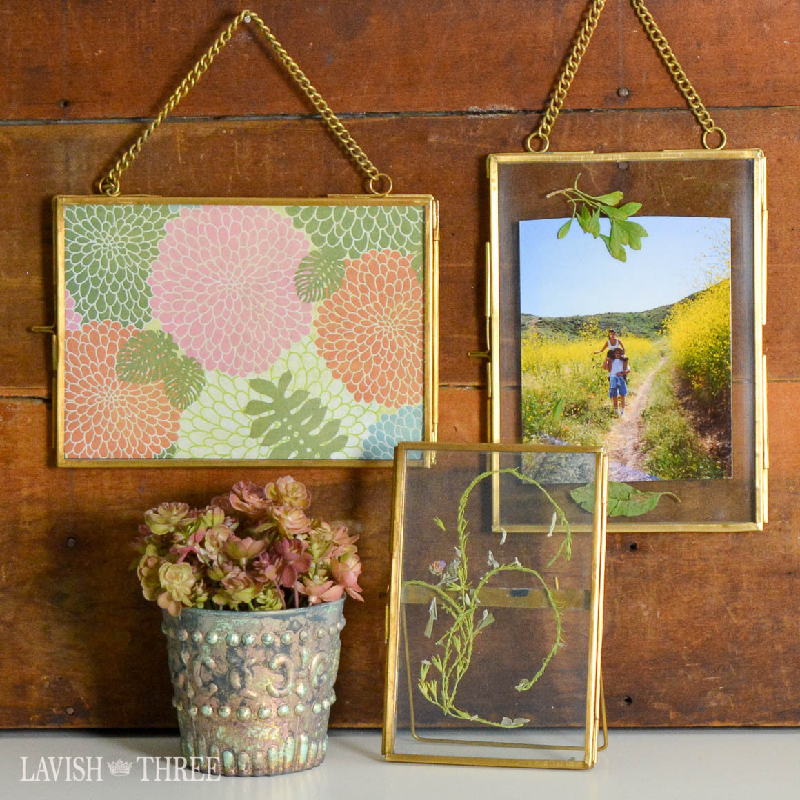 Heirloom collection brass and glass vintage style frame