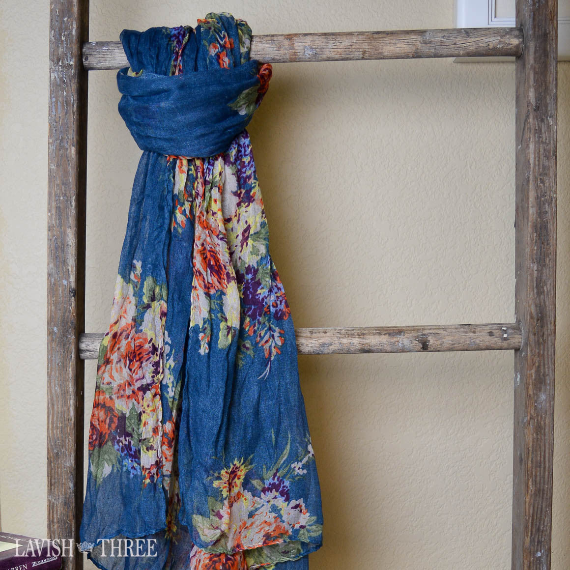 Country Chic floral print scarf in cornflower blue