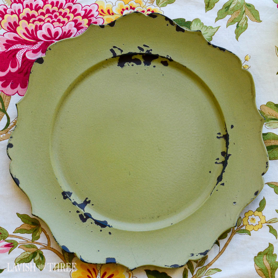 Charger plate Green french cottage, shabby chic aged vintage antique like