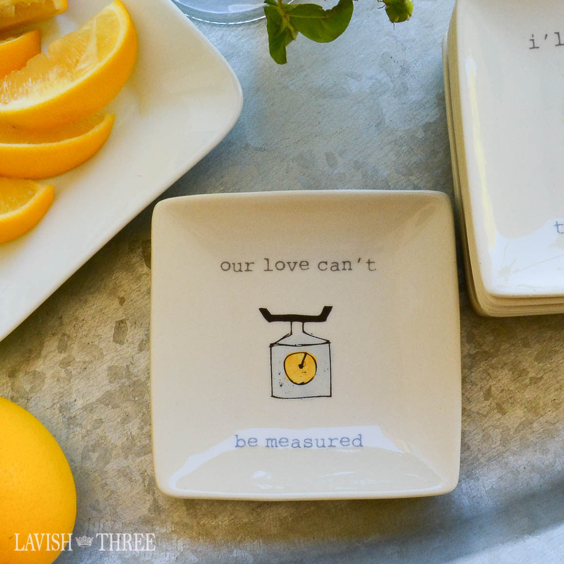 "4"" mini-plates with sayings - our love can't be measured"