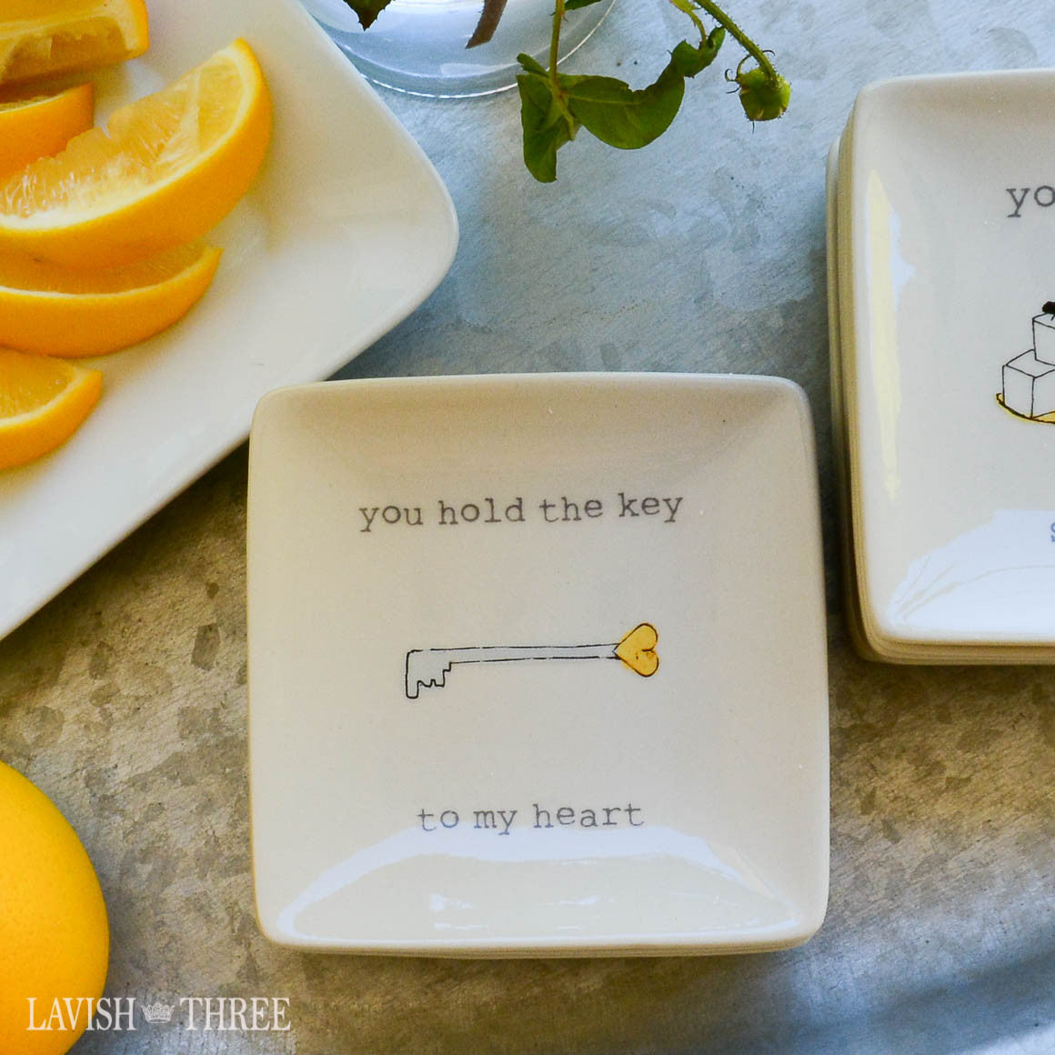"4"" mini-plates with sayings - you hold the key to my heart"