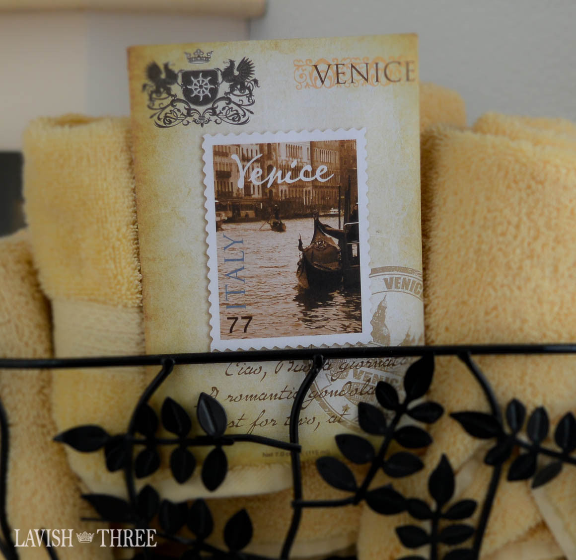 Sachet scents in apple spice cinnamon, venice, pear