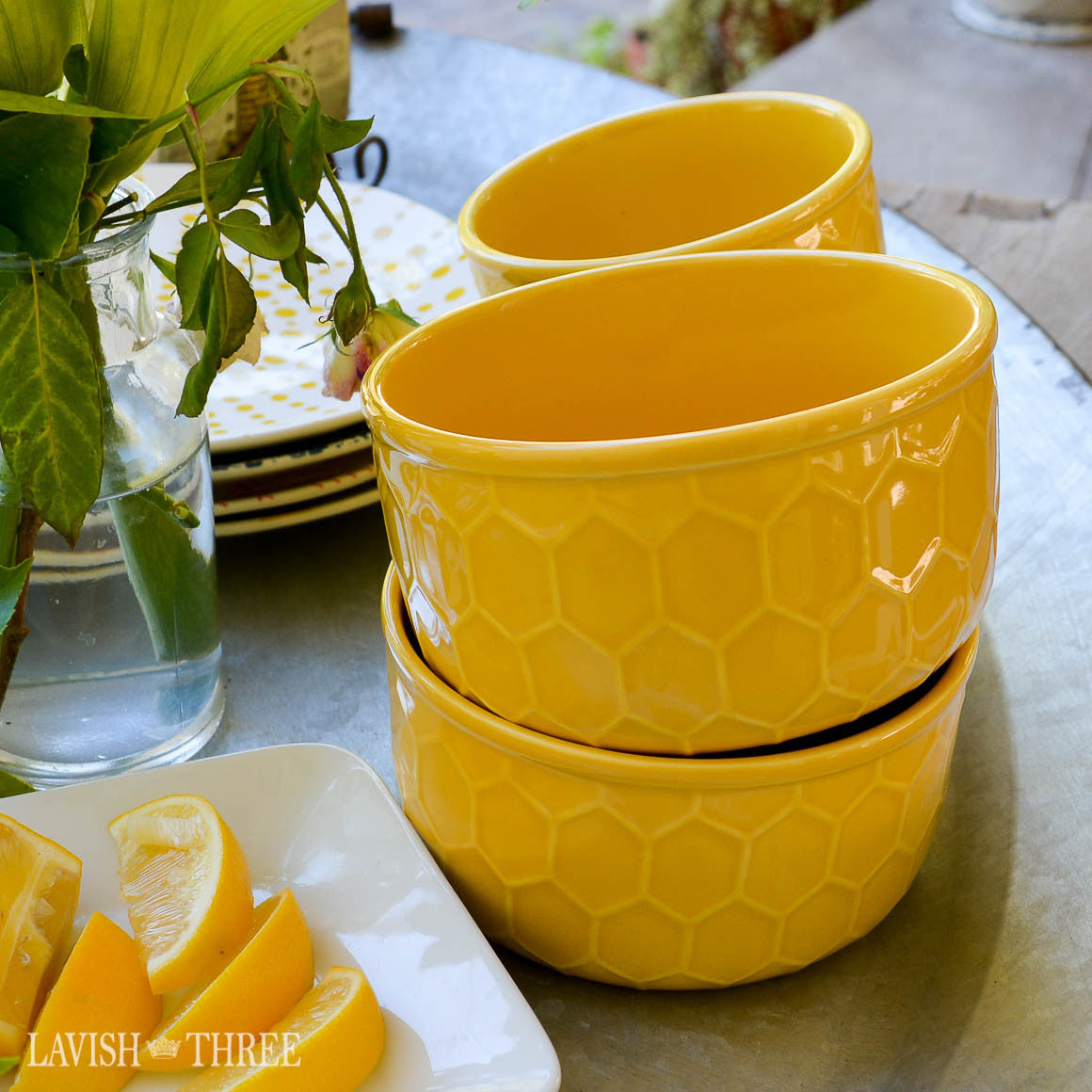 Embossed rustic farmhouse honeycomb yellow cereal or dessert bowl set