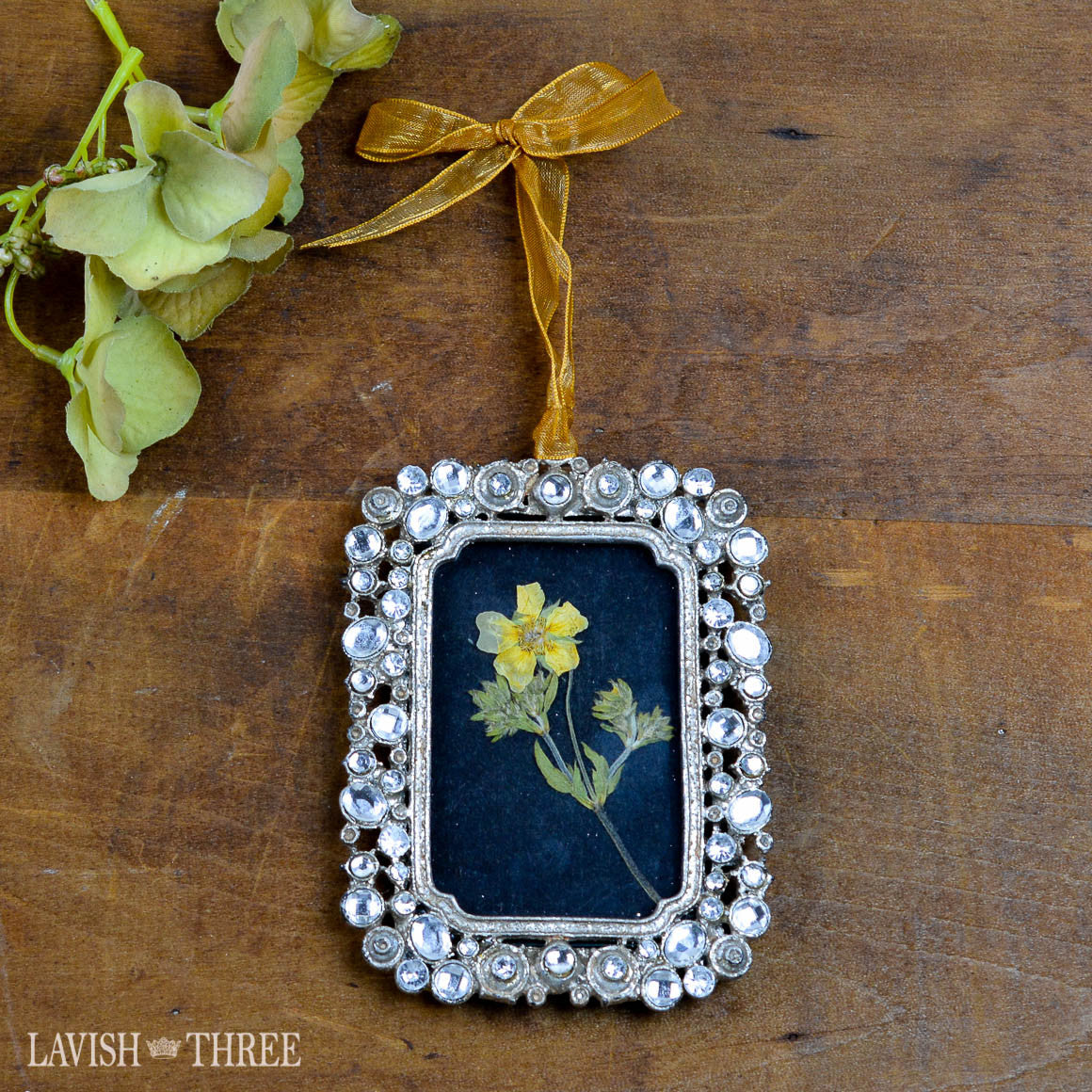 "2""x3"" jeweled pewter frame with gold ribbon rectangle Lavish three 3"