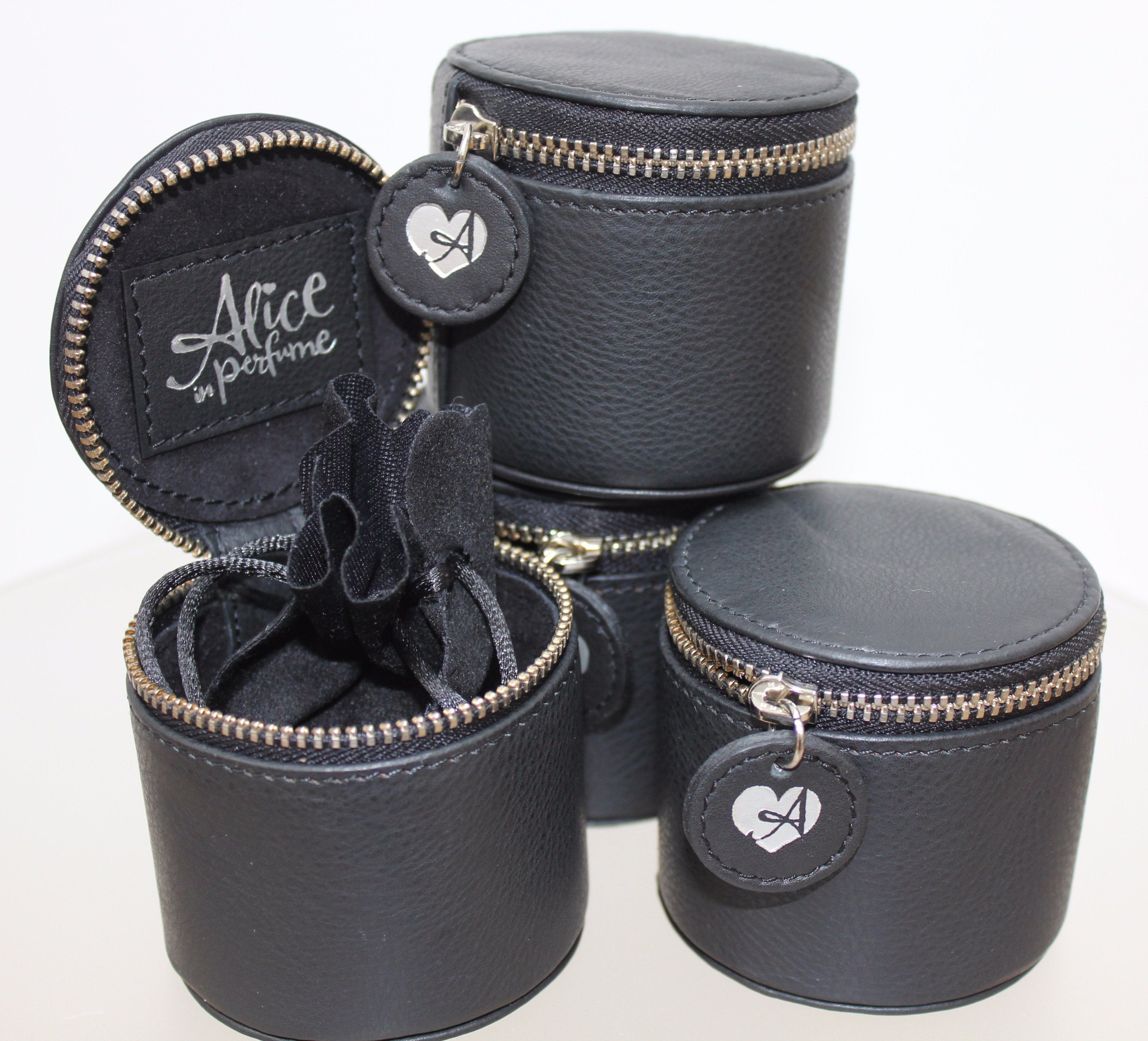 Luxury leather jewellery boxes – round