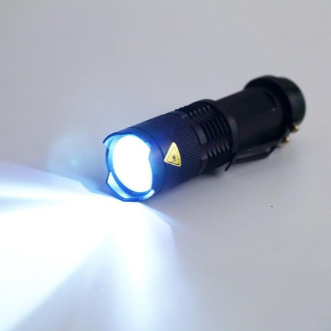 Waterproof, shock resistant, mini, 2000LM Zoomable LED Torch light