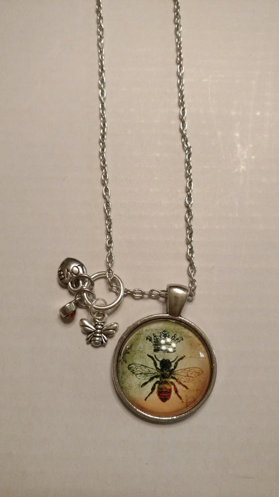 "Queen BEE Handmade 19"" Necklace"