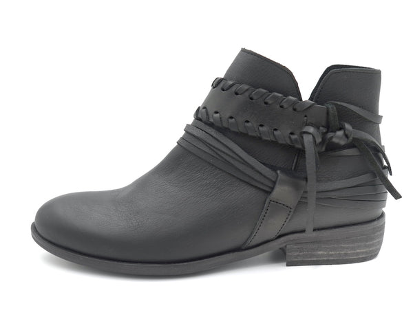 Colby - black - BASKE California Footwear