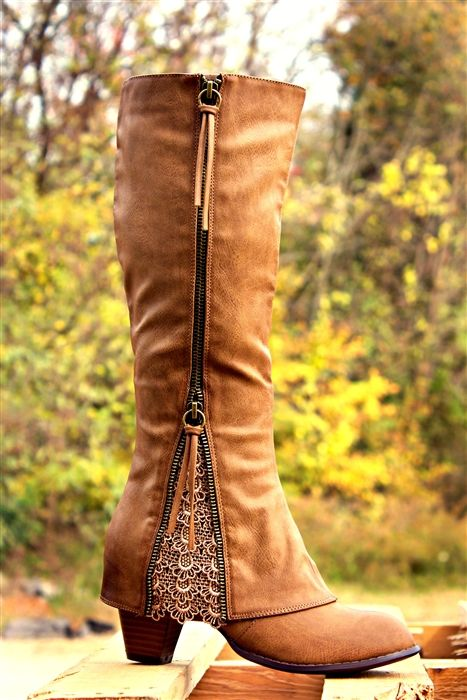 Sassy Brown Lace Boots