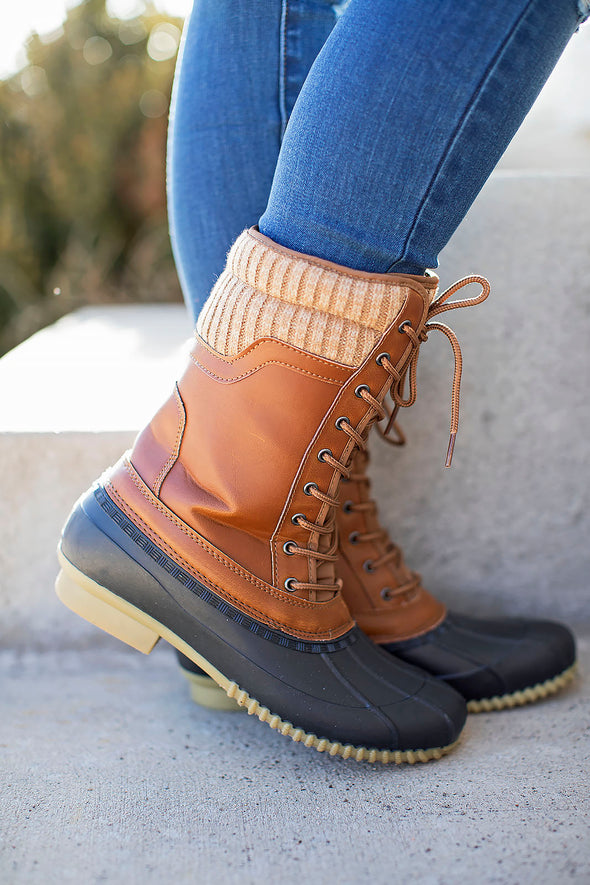 Sweater duck boots