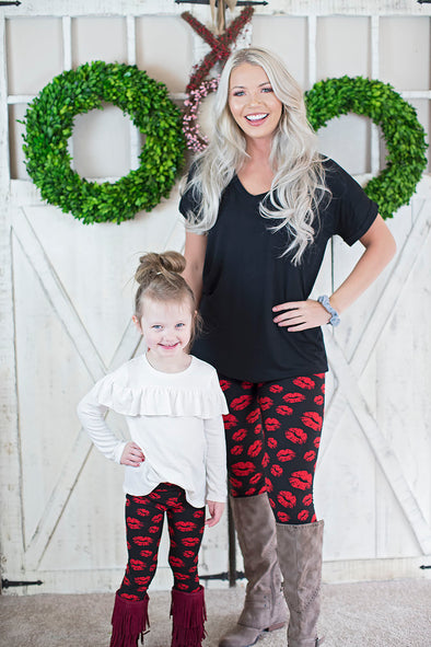 Valentine kisses leggings (Mommy and Me)