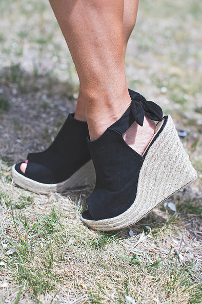 Black Camille Tie Wedge