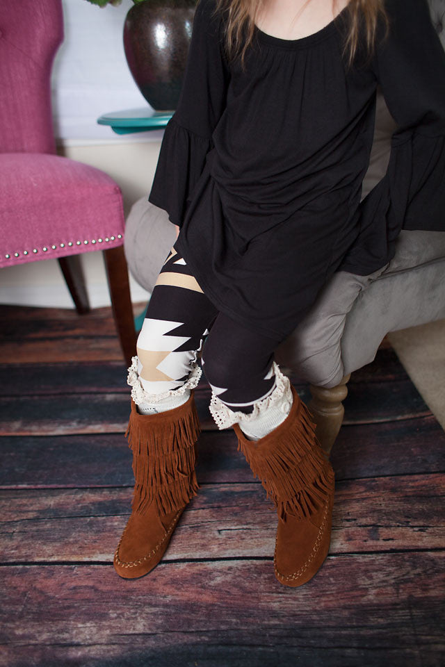 kids arrow leggings in taupe