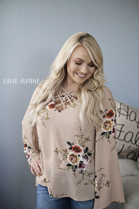 Break away floral taupe top