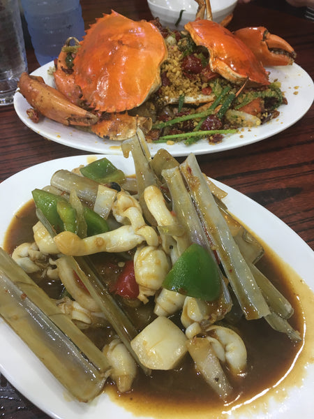 Spicy crab and razor clams Temple Street Spicy Crab Restaurant