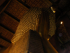 Reclining Buddha at Wat Po 3