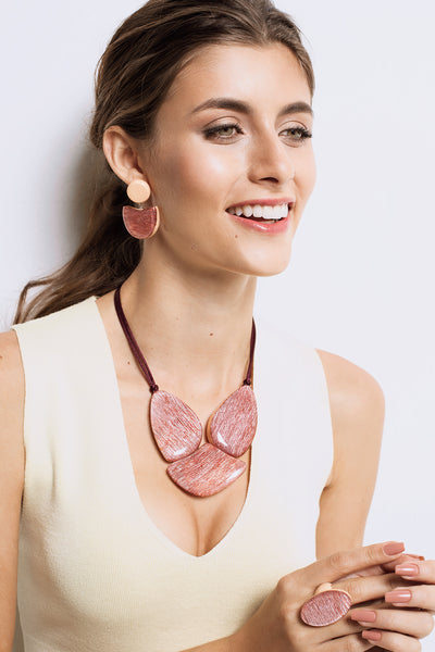 Zsiska Elia Pink Resin Necklace