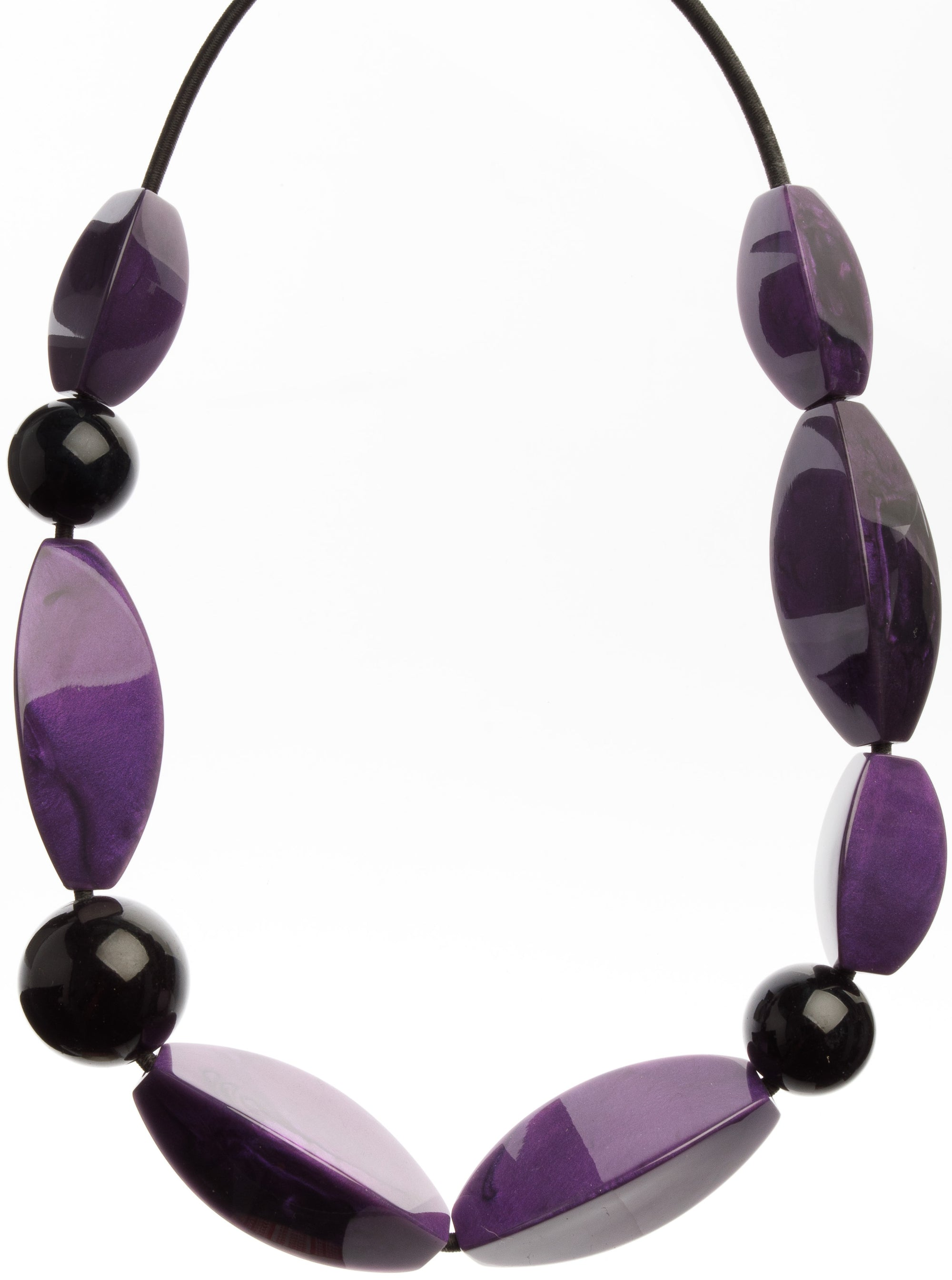 Zsiska Bossa Nova Purple and Black Necklace 10 beads